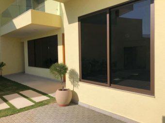 Películas para janelas de controle solar com redução de brilho
